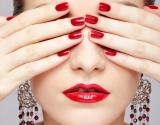 Как правильно подобрать свой цвет помады: советы визажистов