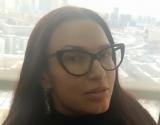 Эвелина Бледанс примерила спортивный бюстгалтер: как выглядит актриса во время тренировки