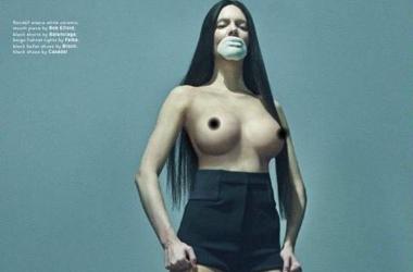 Ким Кардашьян снялась голой для журнала LOVE и заставила раздеться младшую сестру Кендалл Дженнер