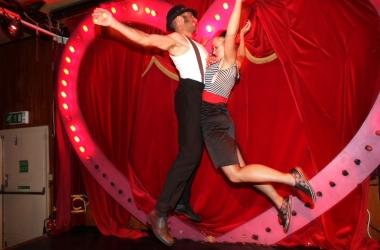 Прикольные короткие смс поздравления с Днем святого Валентина 2015 на украинском и русском языке