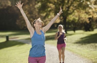 Лучшая зарядка для похудения: самые веселые упражнения