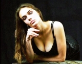 Фигура Алены Водонаевой без фотошопа: чрезмерная худоба или эталон стройности?