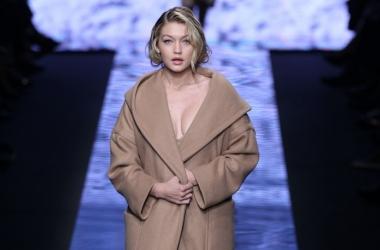 Мода осень/зима 2015: Max Mara показали коллекцию в стиле прекрасной Мэрилин Монро! (Видео)