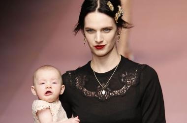 Оригинальное поздравление с 8 марта от Dolce & Gabbana, видео