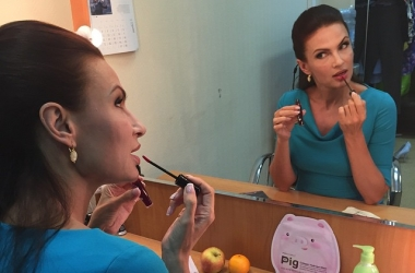 Эвелина Бледанс рассказала все о плазмолифтинге: уколы красоты для звезды