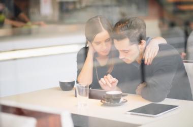 Муж не может найти работу: как ему помочь?