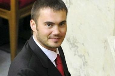 Смерть сына Януковича подтвердил Нестор Шуфрич в Facebook