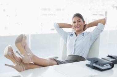 Как быстро сделать правильной осанку: 7 причин ее нарушения