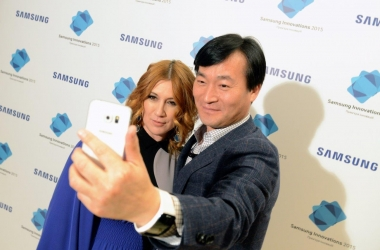 Флагманские смартфоны Samsung Galaxy S6 и Galaxy S6 уже в Украине