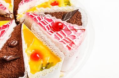 Майские праздники: 5-Топ сладких блюд для твоих друзей
