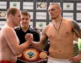 Александр Усик победил боксера из России нокаутом