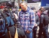 Фото Кличко перед боем с Дженнингсом: боксер прогулялся по Нью-Йорку