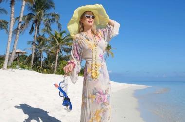 Шелковое платье с ластами: модная