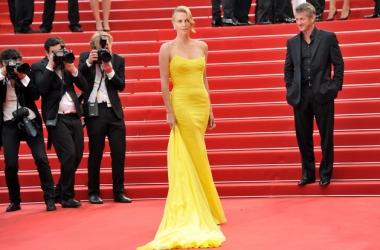 Каннский фестиваль 2015: какие платья выбрали звезды