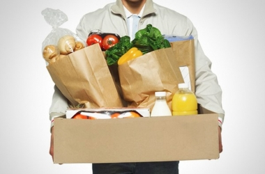 Сервис доставки еды и букетов из конфет в Киеве: быстро, удобно и всегда вовремя!