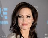 Анджелина Джоли показала повзрослевших детей