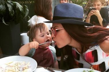 Эвелина Бледанс: какой видят актрису ее фанаты - фото дня