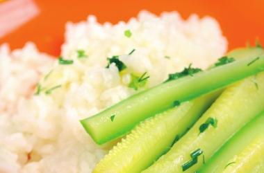 Блюда из кабачков: отварной кабачок с рисом