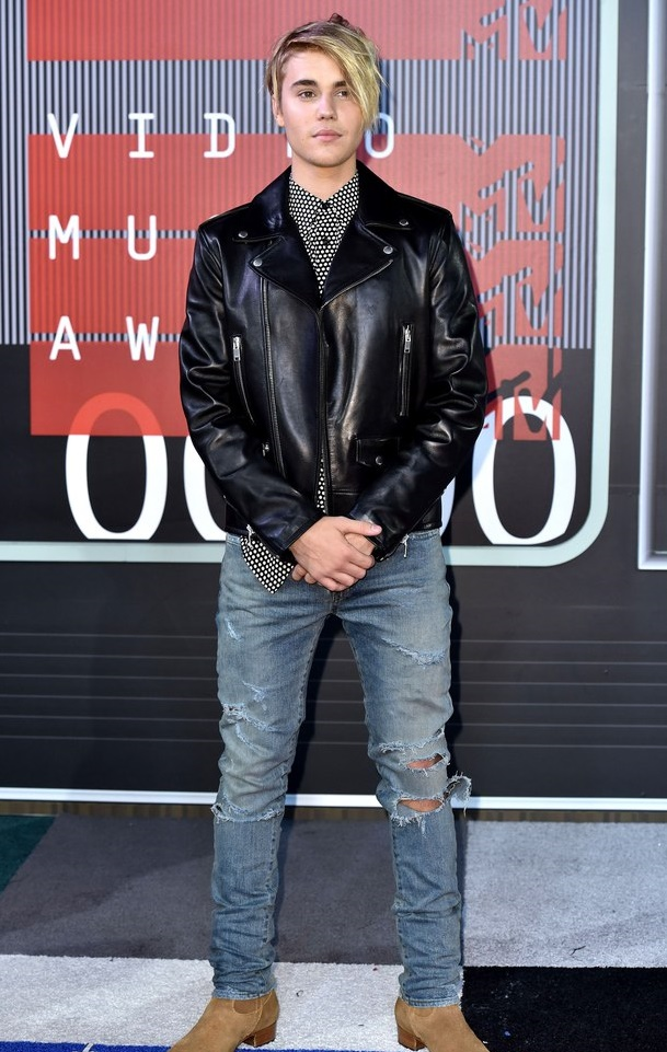 Ванесса Хадженс- MTV Video Music Awards 2015