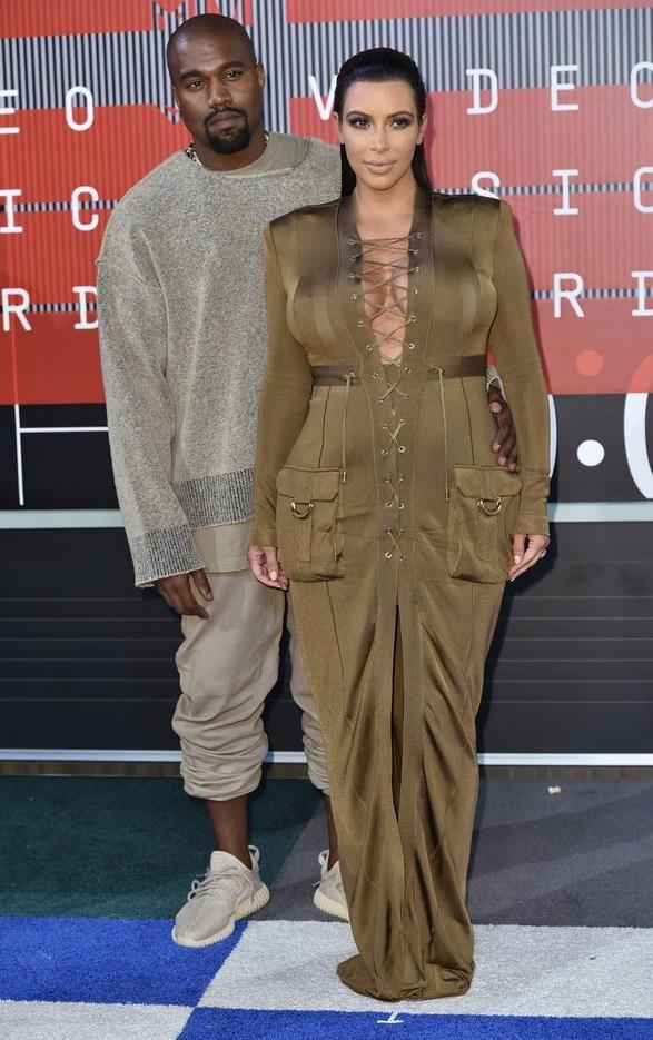 Ким Кардашьян - MTV Video Music Awards 2015
