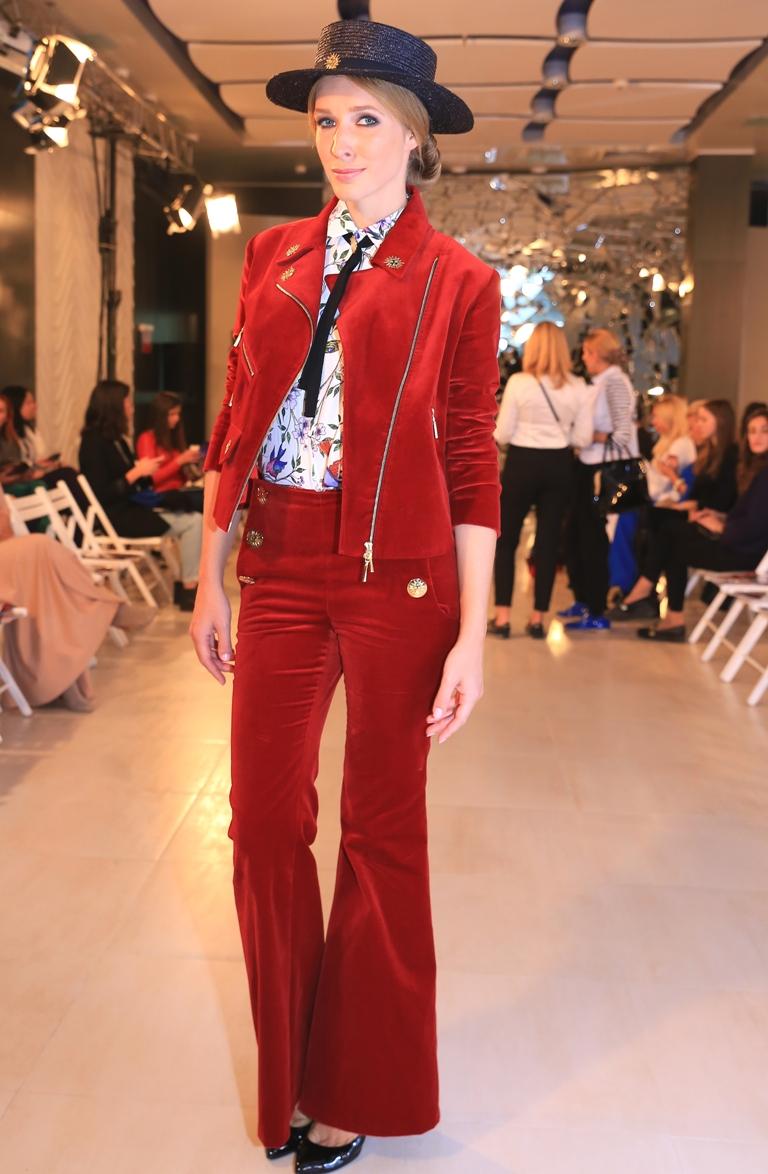 Ukrainian Fashion Week: микс женственности и сексуальности в новой коллекции Анастасии Ивановой рекомендации