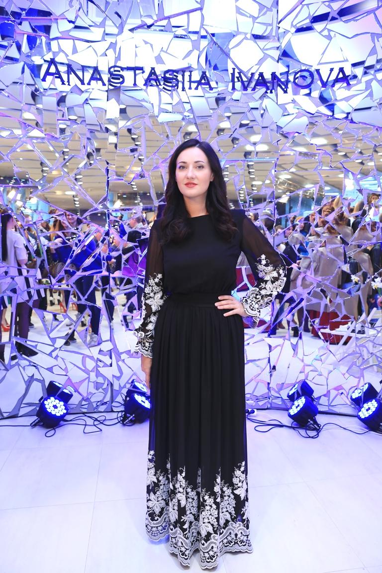 Ukrainian Fashion Week: микс женственности и сексуальности в новой коллекции Анастасии Ивановой новые фото