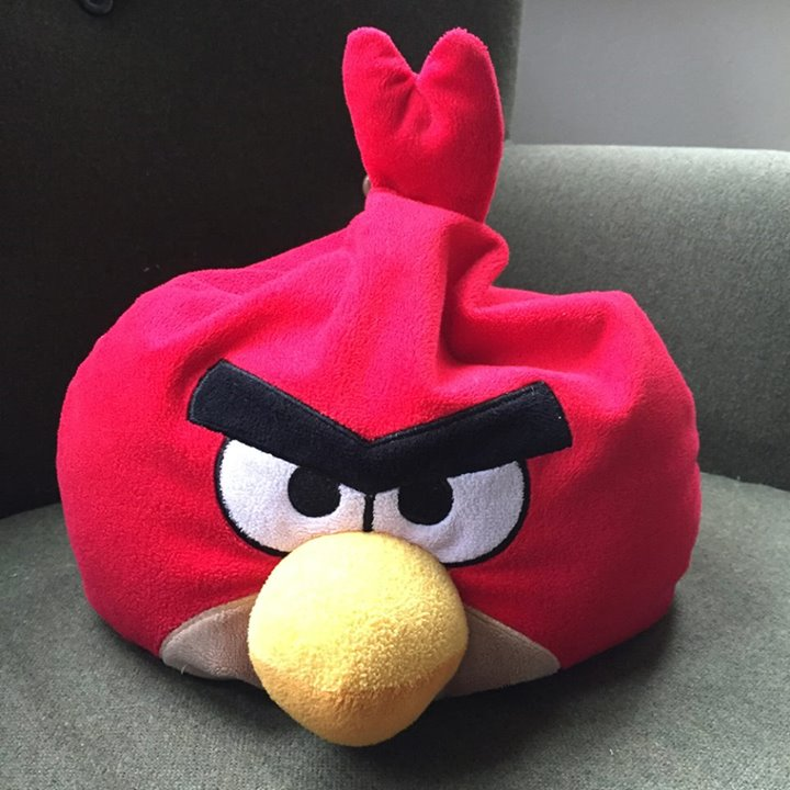 Шакира стала героиней Angry Birds