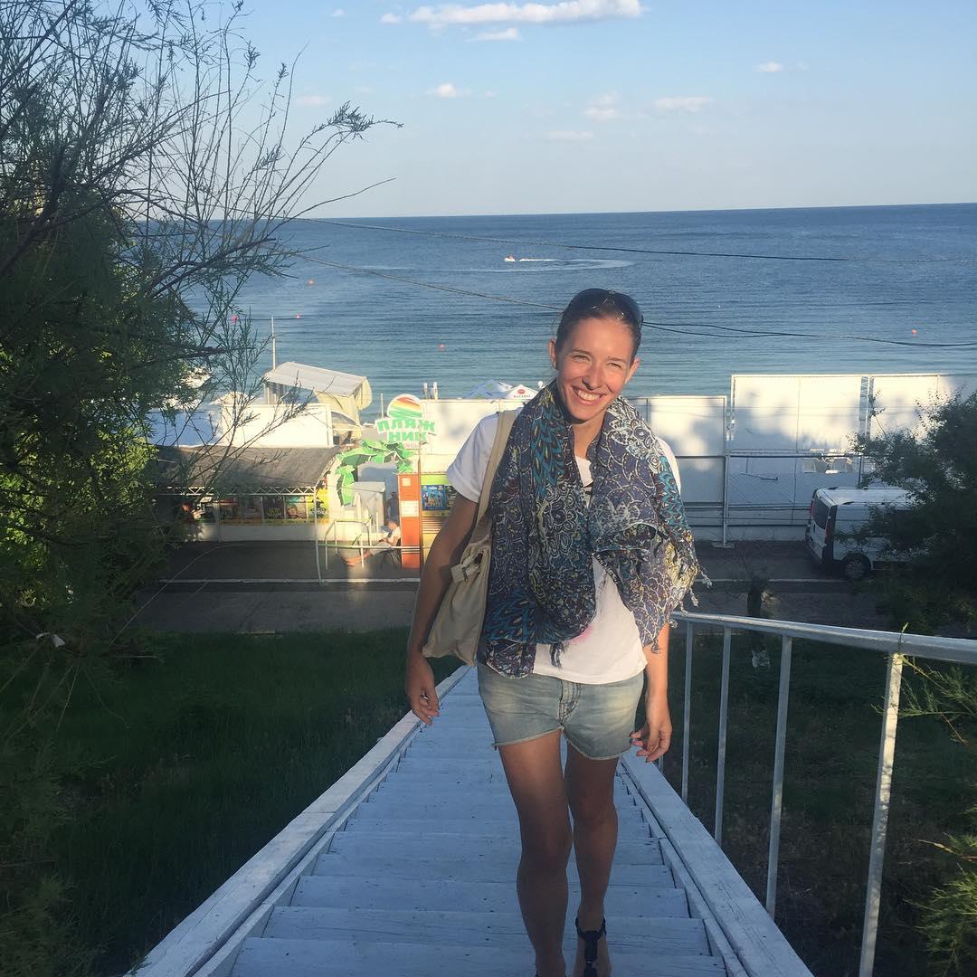 Катя осадчая без макияжа и фотошопа