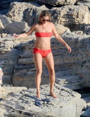 Кейт Мосс в бикини фото