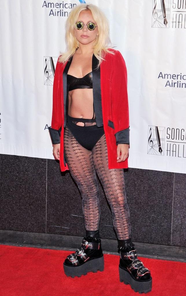 Леди Гага стала женщиной года по версии Billboard