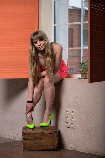 Роскошные ножки смотреть онлайн смотреть онлайн в hd 720 качестве  фотоография