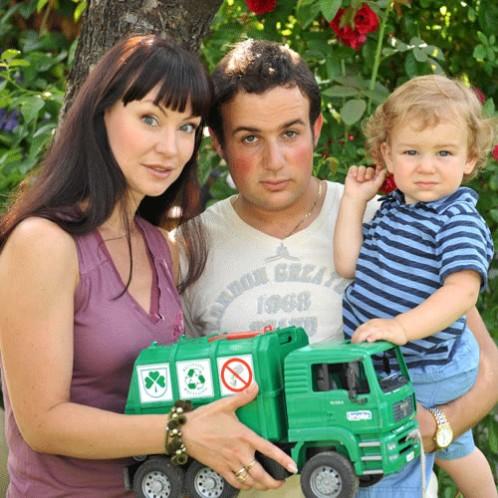 Нонна Гришаева и Александр Нестеров с сыном. Пять лет назад Нонна