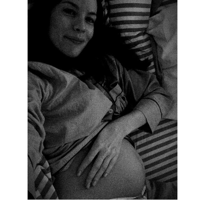 Лив Тайлер беременная инстаграм