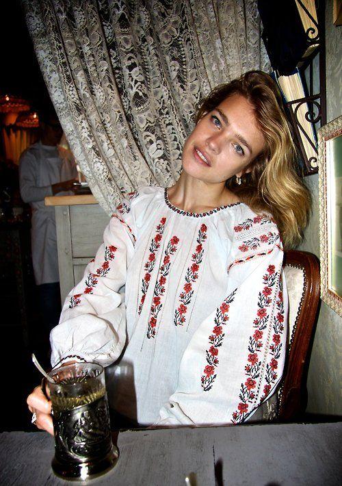 Наталья Водянова вышиванка