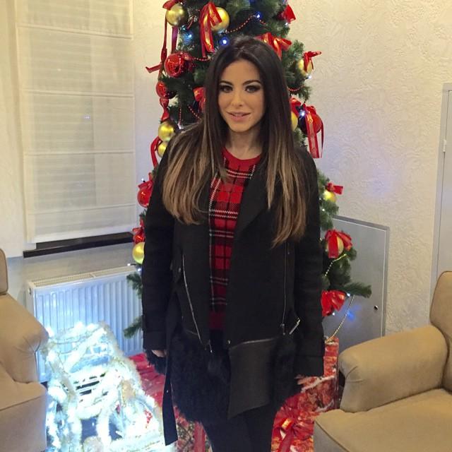 Ани Лорак фото Новый год Рождество елка