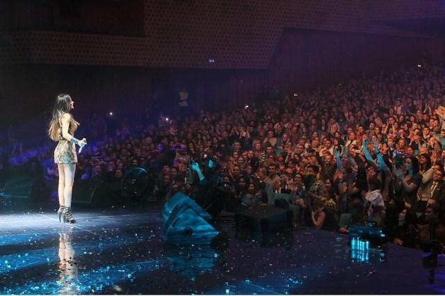 Ани Лорак фото концерт