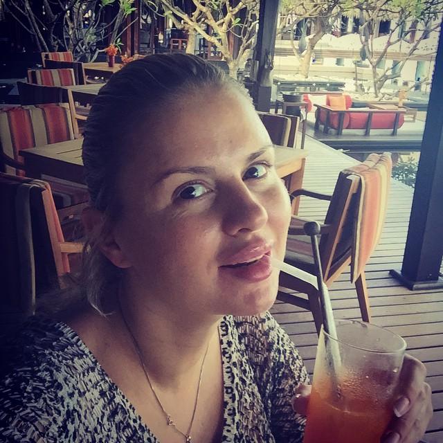 Анна Семенович фото без макияжа и фотошопа