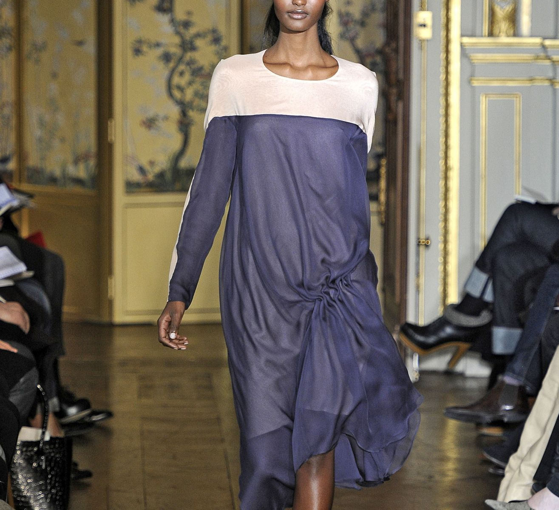 длинное широкое платье