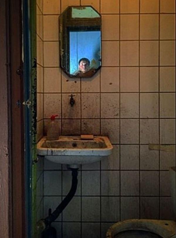 Максим Виторган попал за решетку - Фото