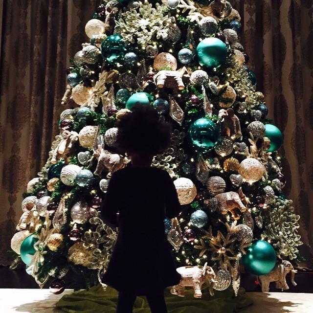Бейонсе новый год 2015 новогодняя елка фото