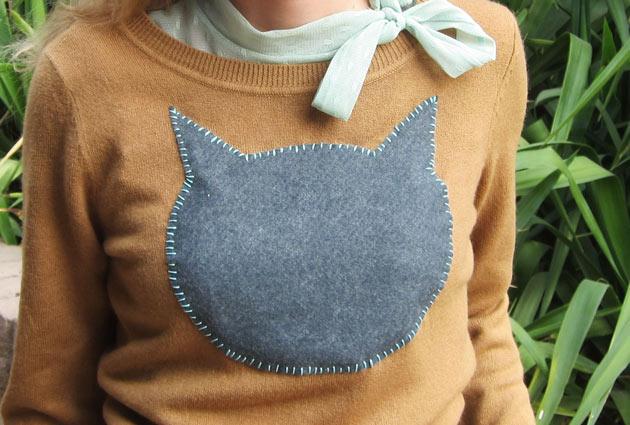 свитр с котом