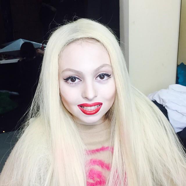 Дочь Оли Поляковой с макияжем фото