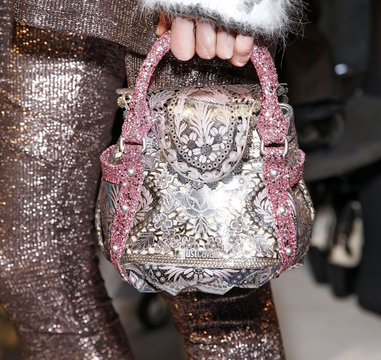 серебренная одежда стиль 2013
