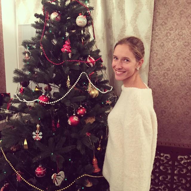 Катя Осадчая без макияжа Новый год 2015