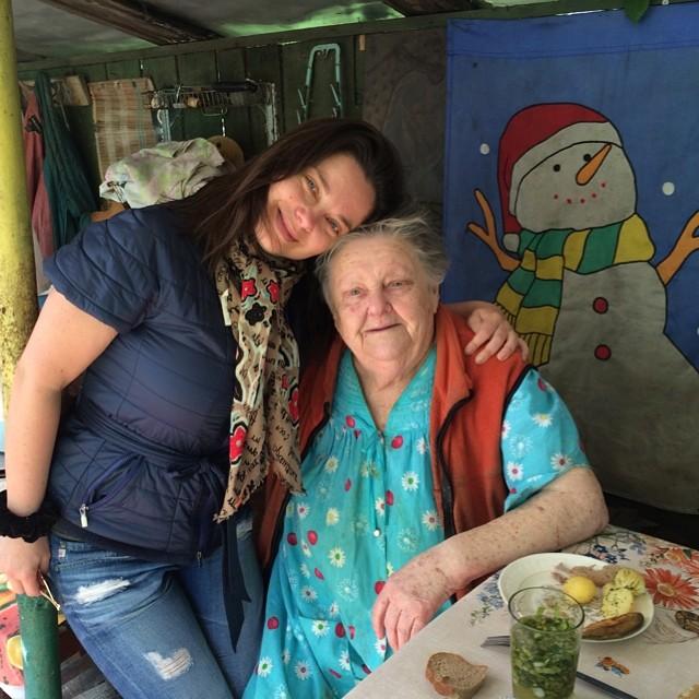 Наташа Королева бабушка фото