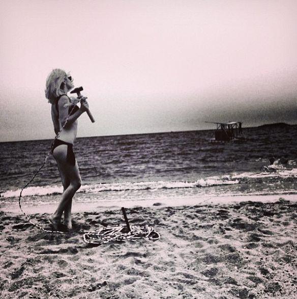 Светлана Лобода в бикини фото