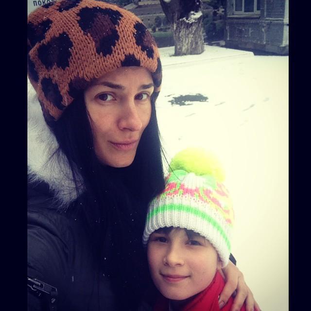 Маша Ефросинина без макияжа с дочкой Наной Инстаграм