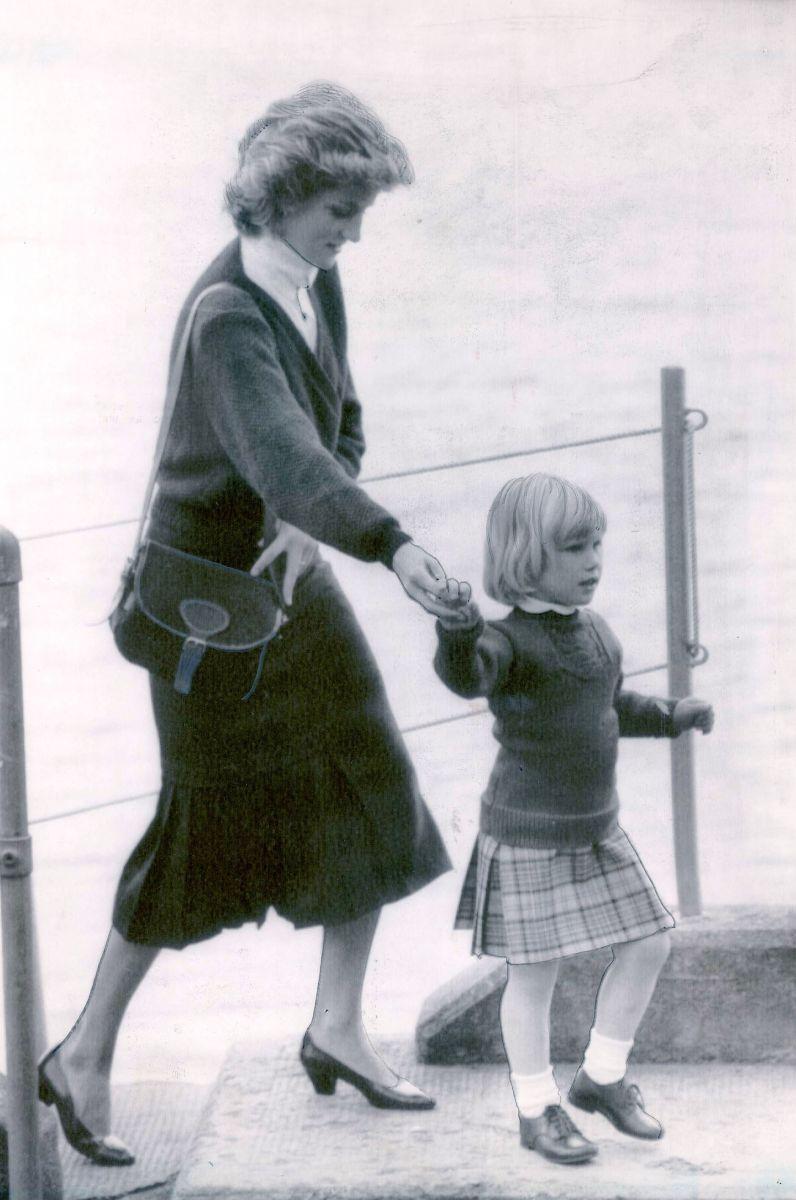 Памяти Леди Ди: жизнь принцессы Дианы в фотографиях