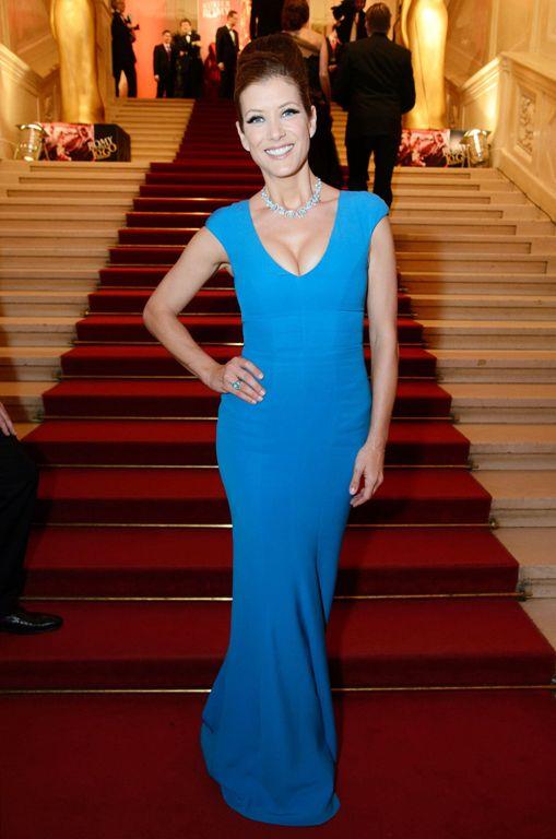 Синие платья актриса