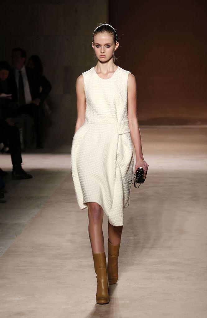 мода осень 2015 как носить белое платье